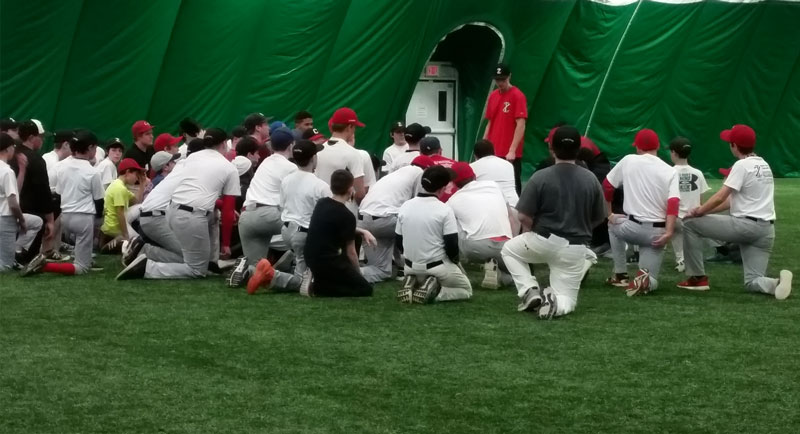 itz-2015-tryouts-players-listening-to-coaches